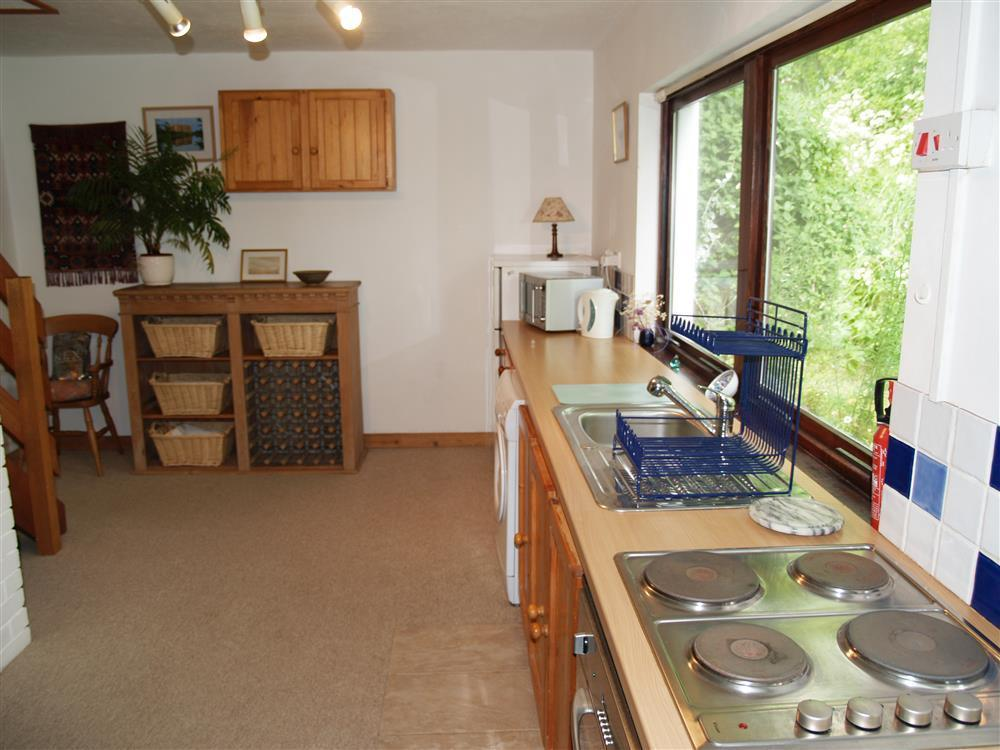 03 Kitchen Cosheston 497 (2)