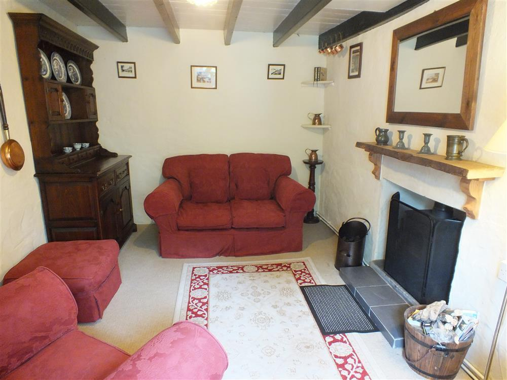 01 Panteg Cottage sitting room 516 (1)