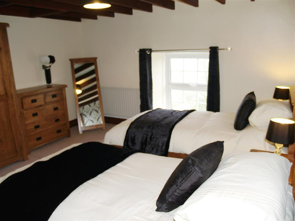 Photograph of 05 Twin Bedroom near Haverfordwest 593 (2)