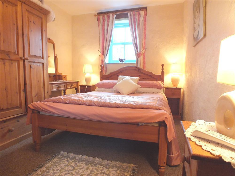 Photograph of 03-Strumble Head Double Bed-710 (1)