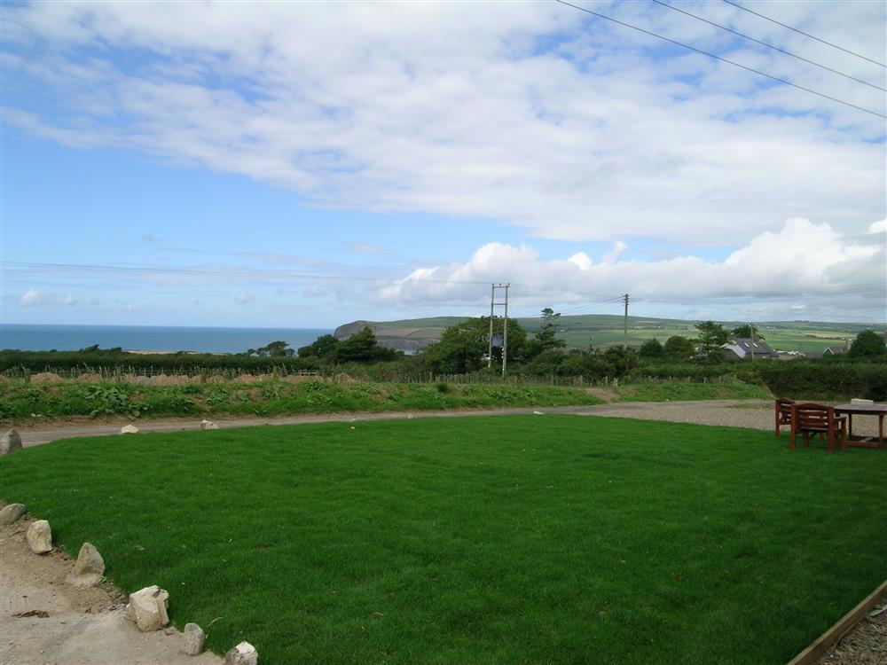 Photograph of 05-Pembrokeshire Coast Garden-815