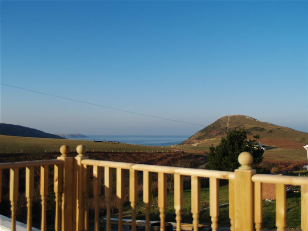 Photograph of 06-Mwnt Cottage Garden-903 (2)