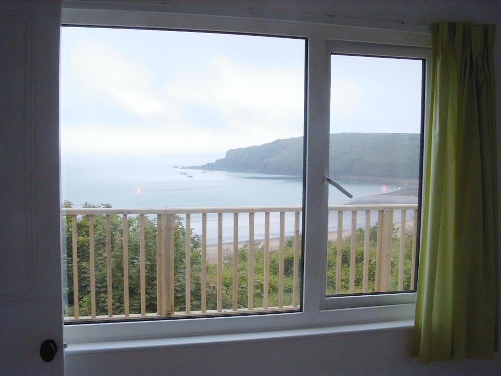 03-Coastal Property with a view-629 (2)