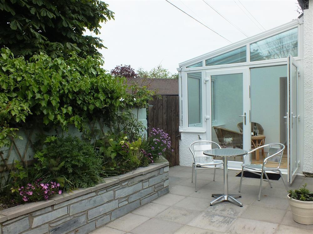 Photograph of 04 Hengoed patio 2179