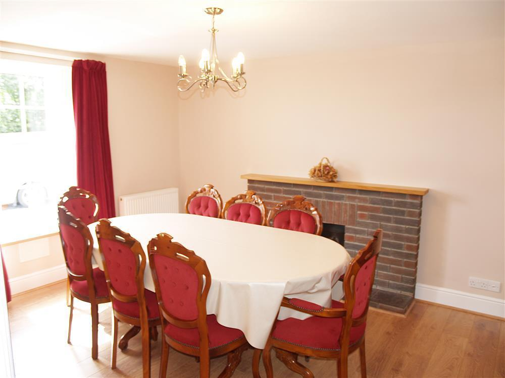Photograph of 535-3-Dining Room