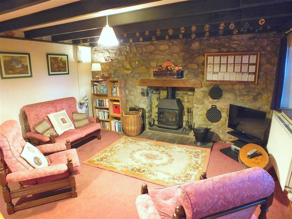 03 Strumble Head Cottage Lounge 579 (3)