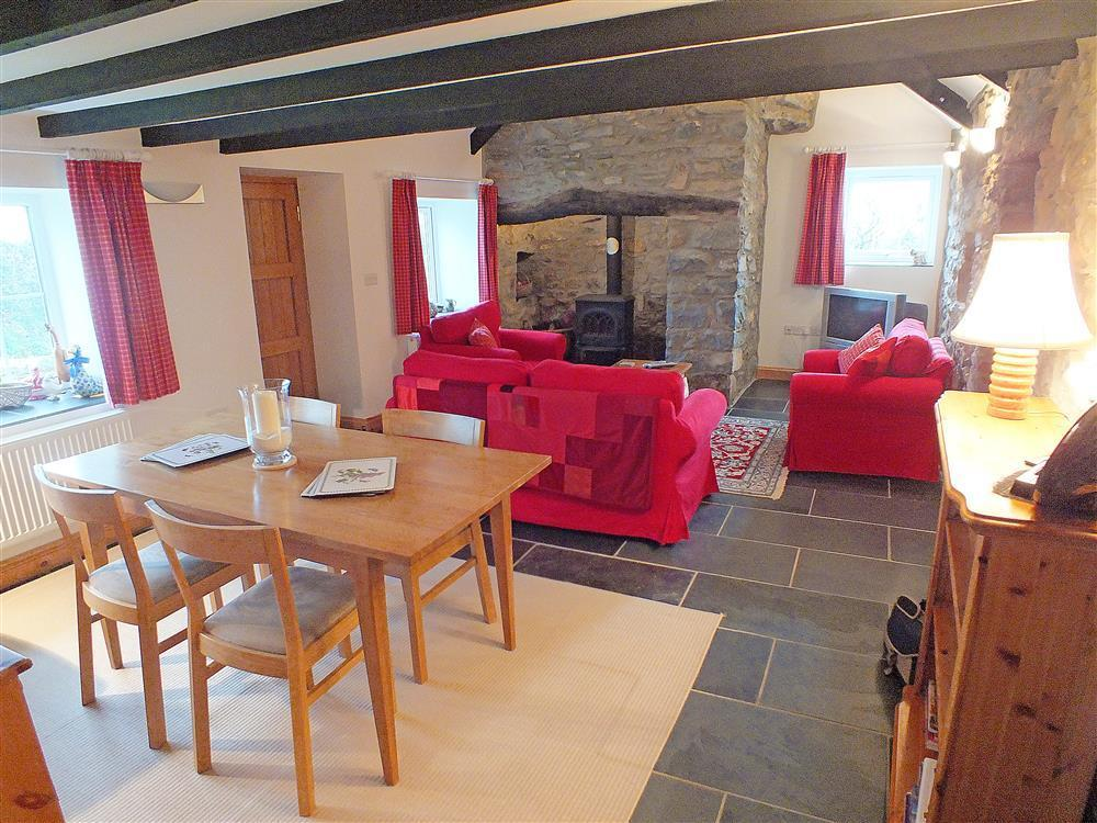 Photograph of 02-Cottage Dining Room in Goodwick-628 (1)