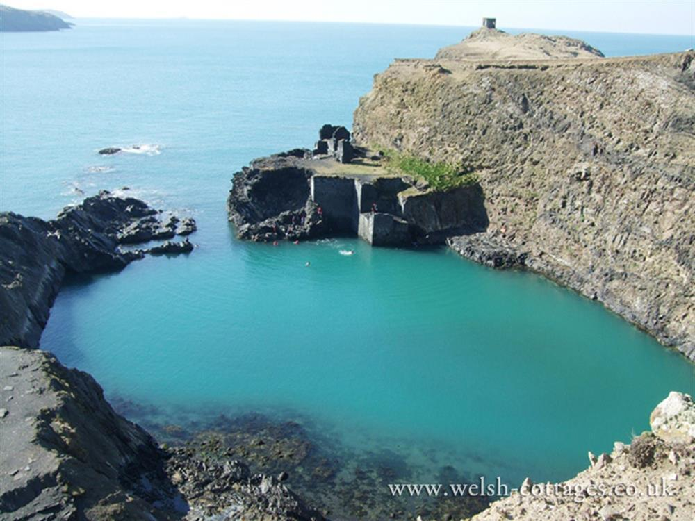 Photograph of 06-Local Area-Abereiddy-826 (2)