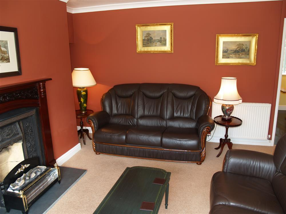 Photograph of 519-2-Living Area2