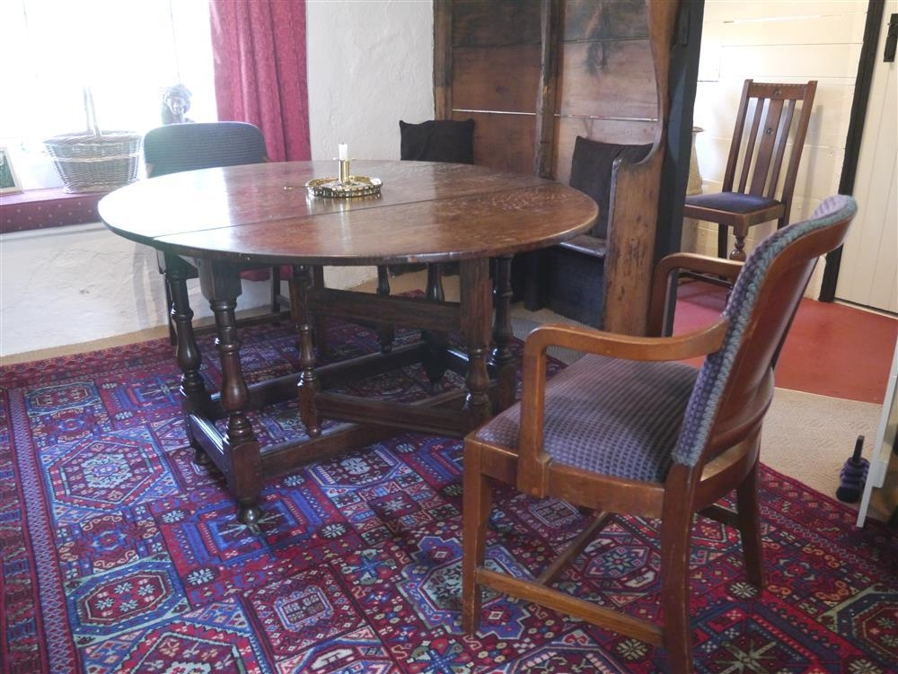 2151-4-dining table and settle seat