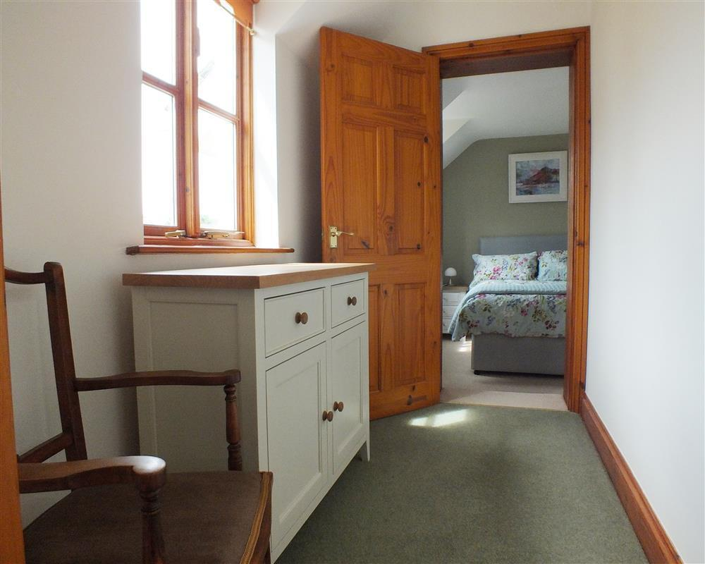 Photograph of 04 Master bedroom 2162 (2)