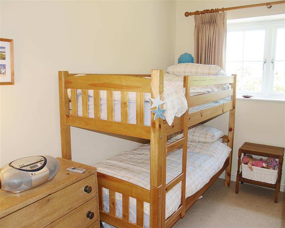04-Carew Children's Bunk Beds-889